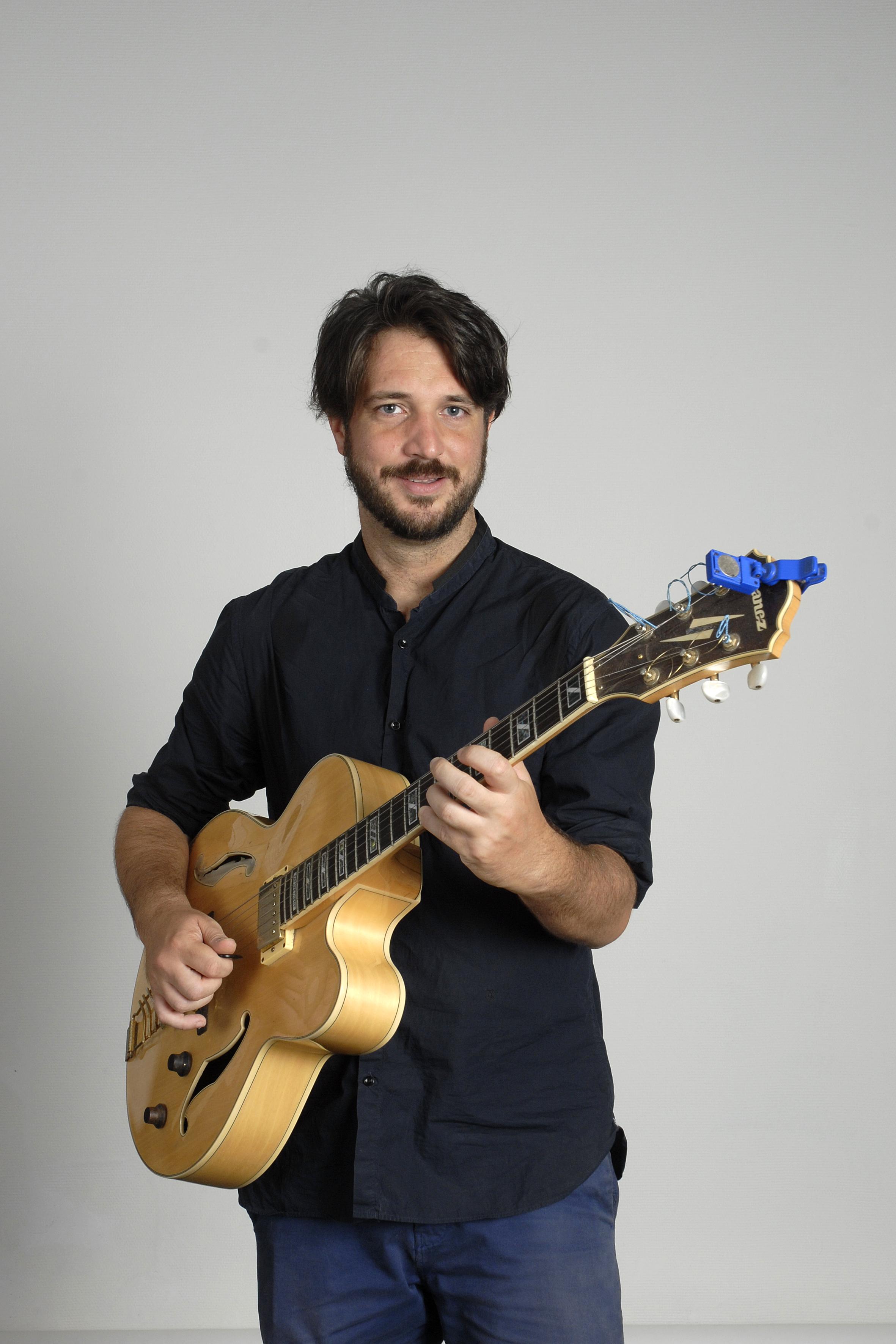 Prof de Guitare électrique Professeur de Guitare